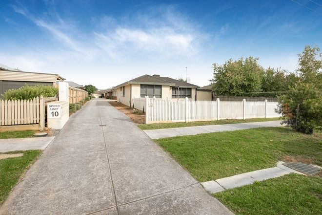 Picture of 4/10 Rodney Street, GISBORNE VIC 3437