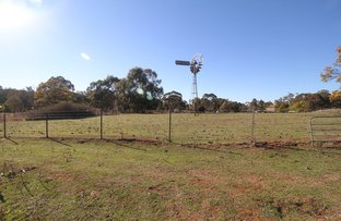 Picture of 22 Charnas Lane, Rocky River NSW 2358