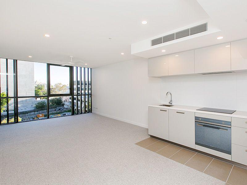 502/55 Railway Terrace, Milton QLD 4064, Image 2