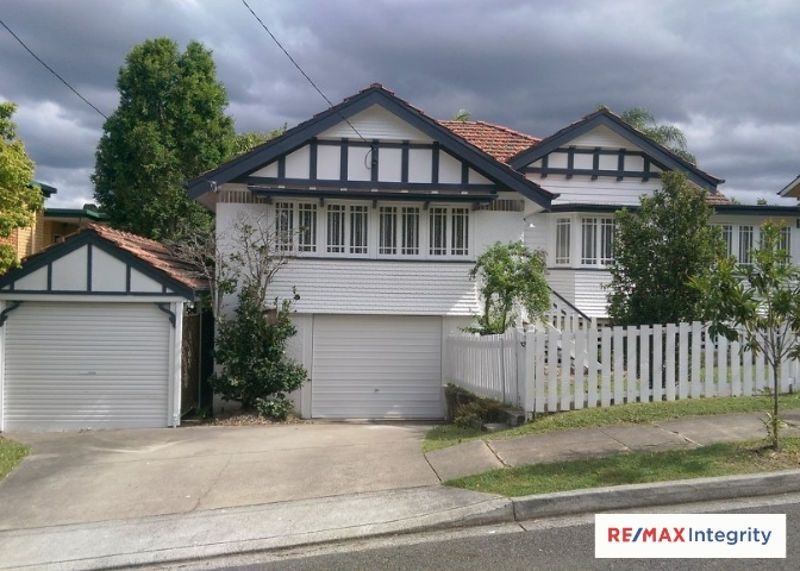 24 Montpelier Street, Clayfield QLD 4011, Image 2