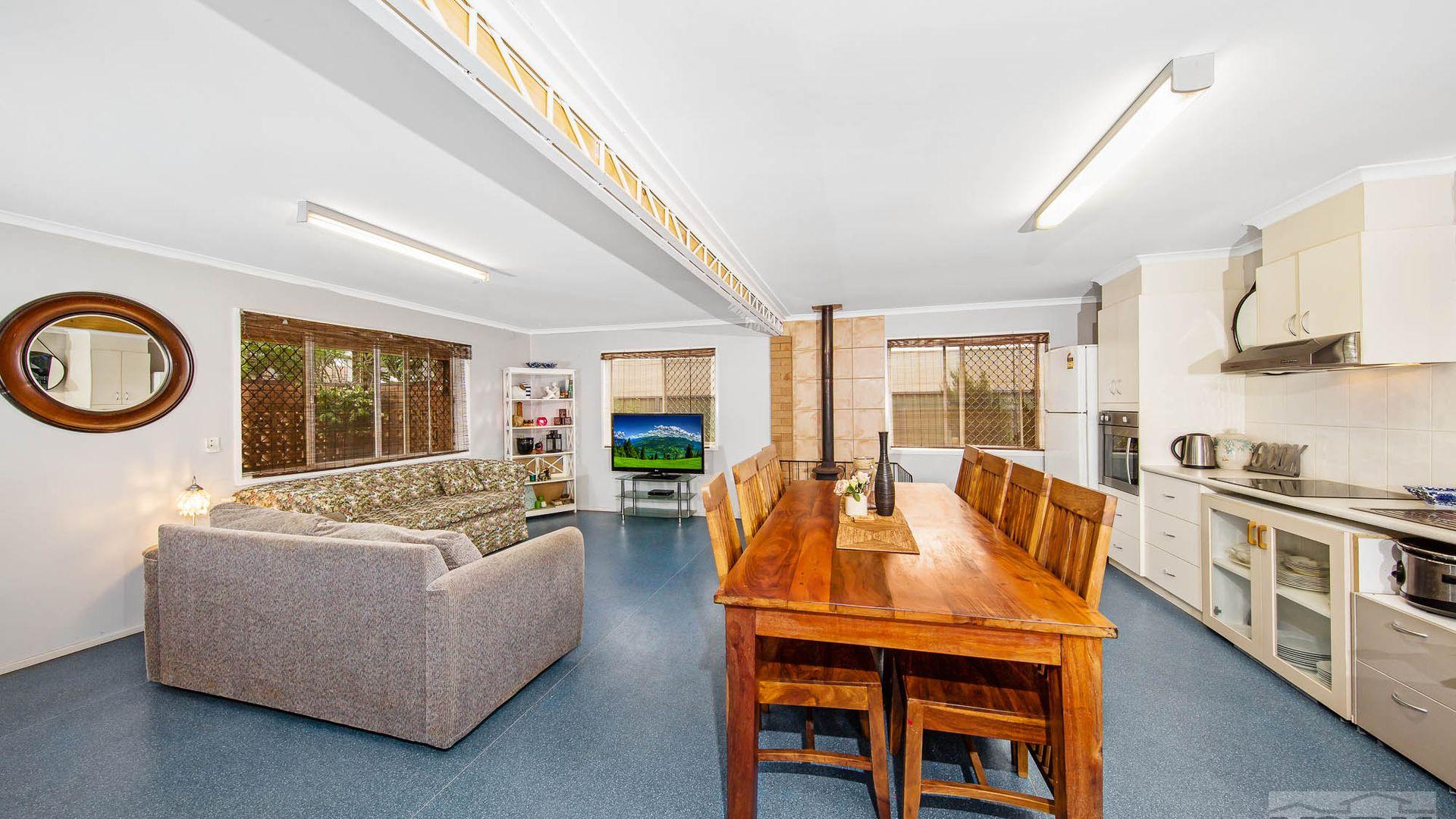 374 Greenwattle Street, Wilsonton QLD 4350, Image 1
