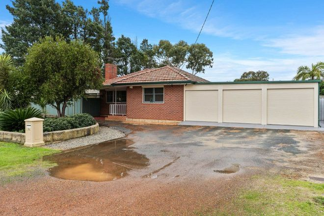 Picture of 13 Cumberland Road, FORRESTFIELD WA 6058