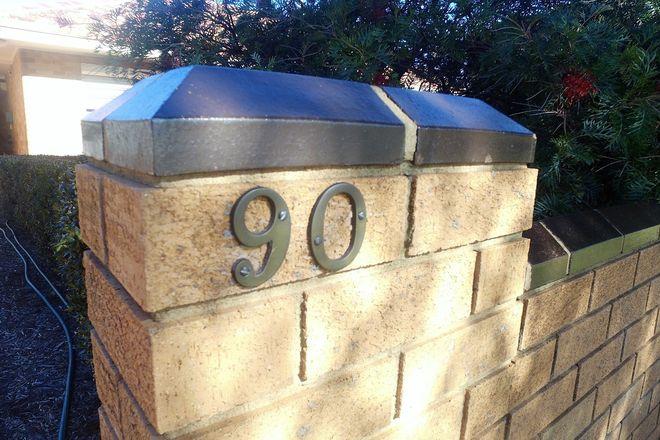 90 Noorilla Street, GRIFFITH NSW 2680