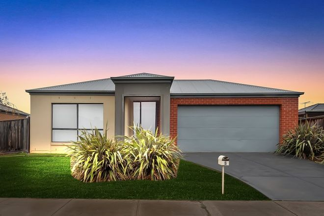Picture of 5 Leuca Avenue, BROOKFIELD VIC 3338