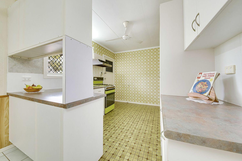 33 Peterson Street, West Rockhampton QLD 4700, Image 2