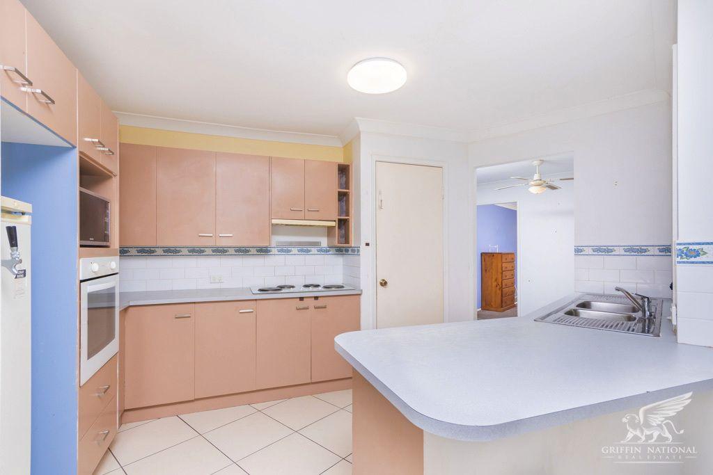 112 Bellini Rd, Burpengary QLD 4505, Image 2