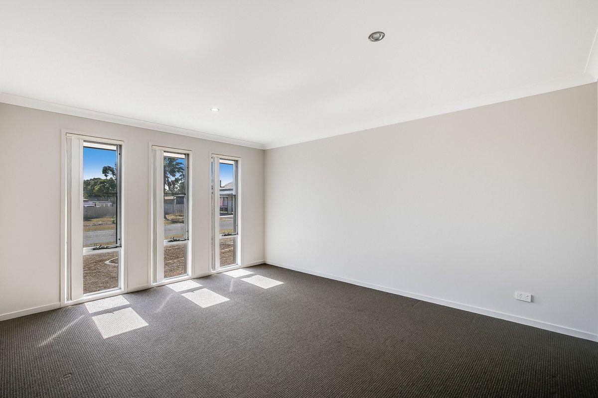 20 Cooranga Street, Glenvale QLD 4350, Image 1