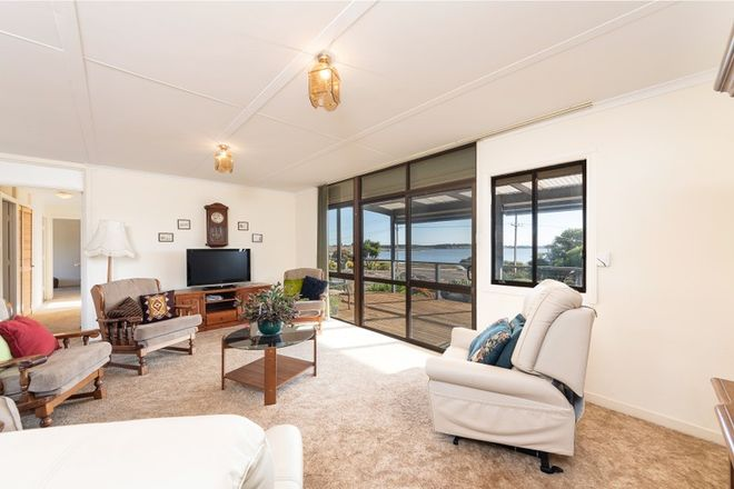 Picture of 30 Island View Drive, CLAYTON BAY SA 5256