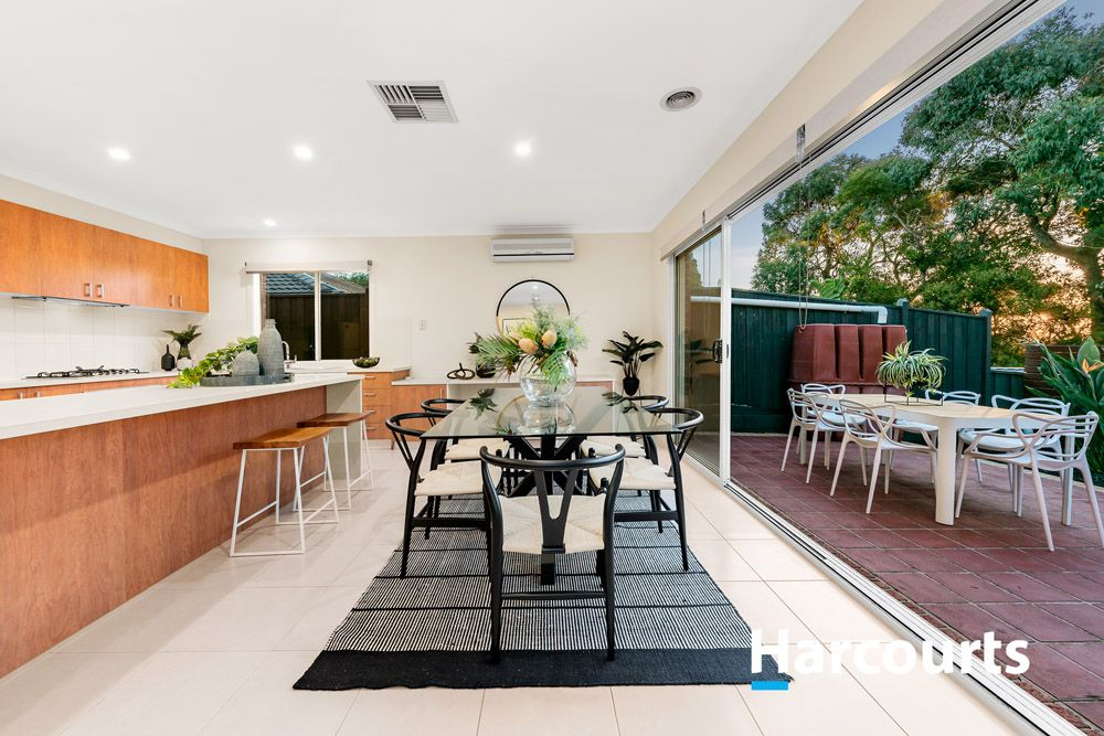 9 Viewgrand  Rise, Lysterfield VIC 3156, Image 2
