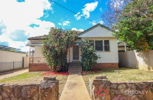 Picture of 5 Hely Avenue, Turvey Park NSW 2650