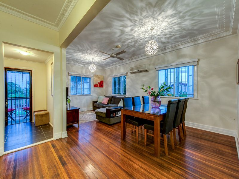 8 Farnell Street, Chermside QLD 4032, Image 2