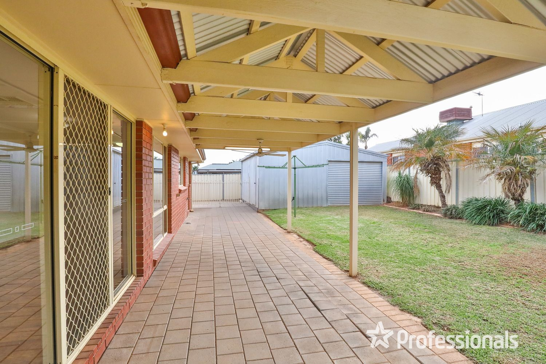 24 Wood Street, Gol Gol NSW 2738, Image 2