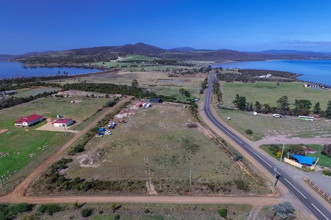 Picture of 209-221 Arthur Highway, DUNALLEY TAS 7177
