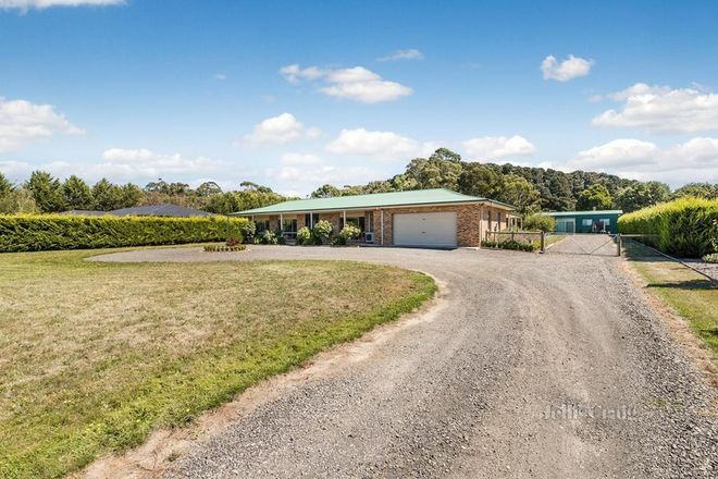 Picture of 33 Trentham Road, TYLDEN VIC 3444