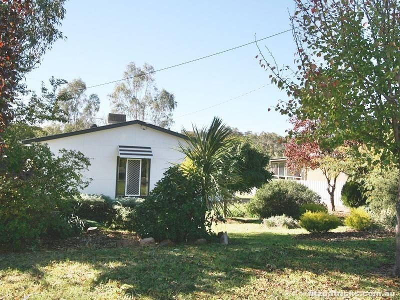 9 Eugene Avenue, San Isidore NSW 2650, Image 0