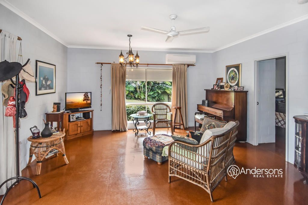 8 Dunkalli Crescent, Wongaling Beach QLD 4852, Image 2