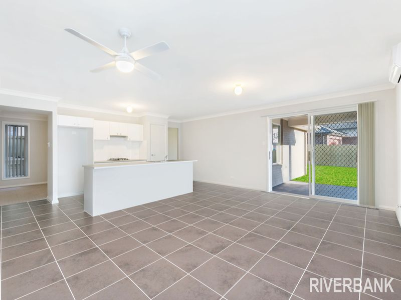 38 Kingsbury Road, Edmondson Park NSW 2174, Image 2