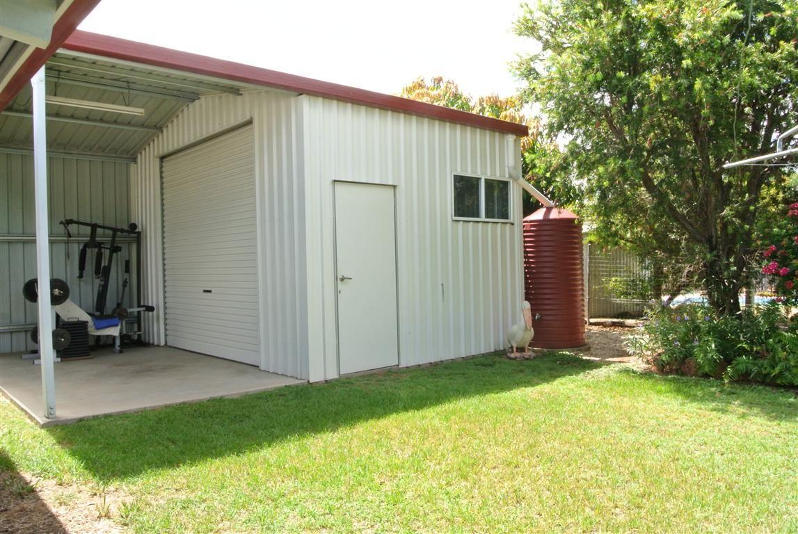 15 Myall Street, Blackwater QLD 4717, Image 2