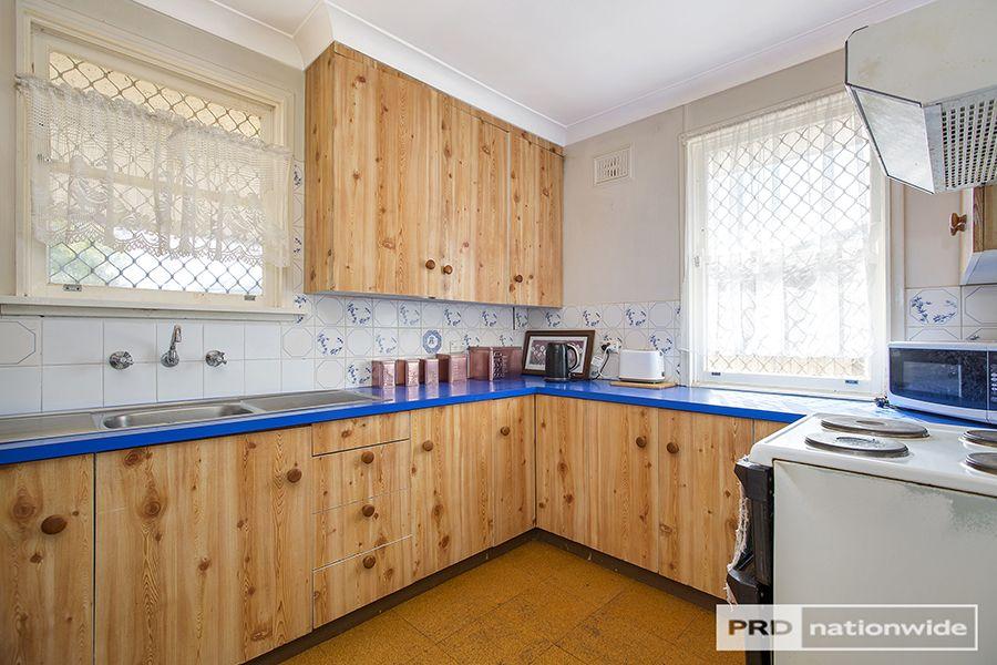 11 Lorraine Street, Tamworth NSW 2340, Image 1