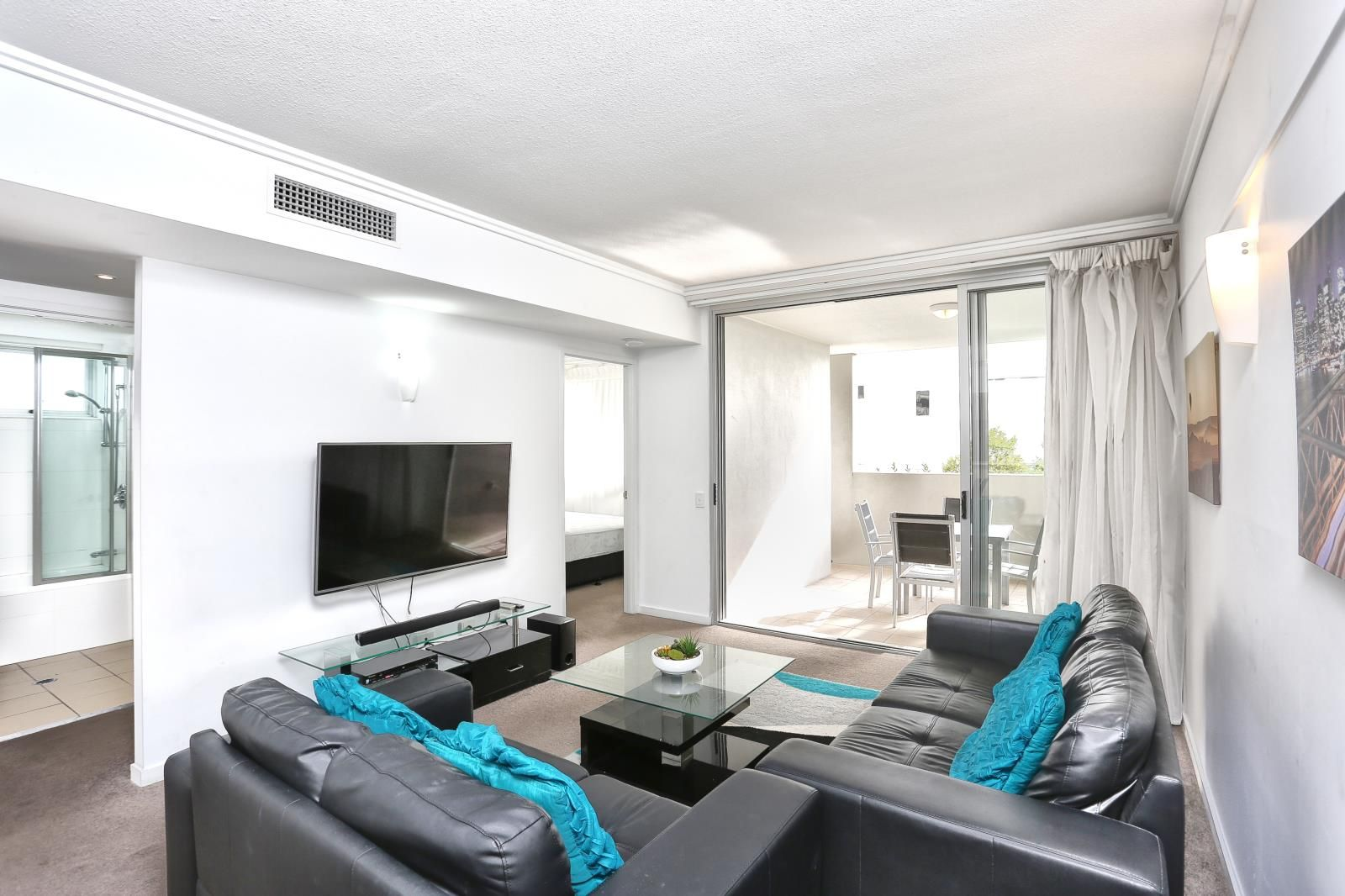 308/51 Hope Street, Spring Hill QLD 4000, Image 2