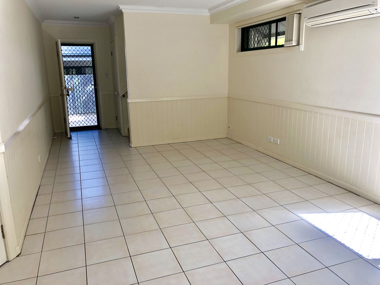 3/18 Caroline Street, Annerley QLD 4103, Image 2
