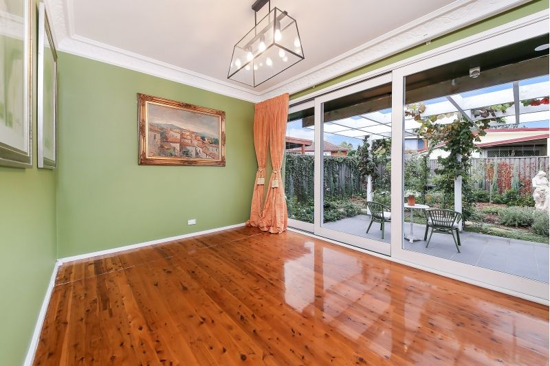 11 Boxley Crescent, Bankstown NSW 2200, Image 2