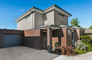 Picture of 2/15 Kidgell Street, Lilydale VIC 3140