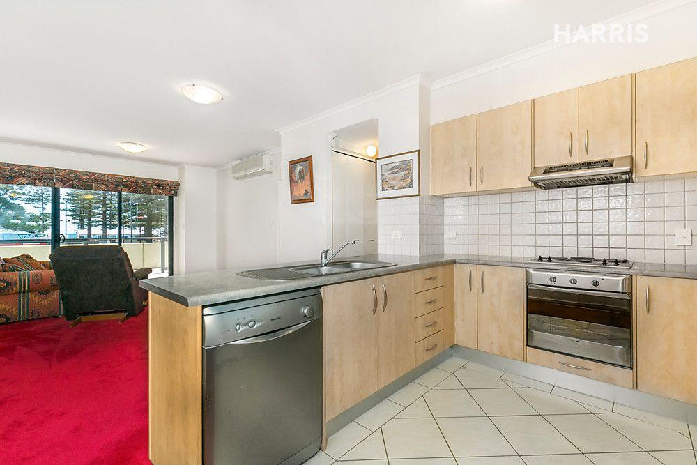 1/17 Colley Terrace, Glenelg SA 5045, Image 2