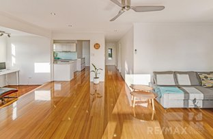 Picture of 36 Russell Avenue, Norman Park QLD 4170