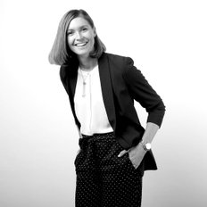 Emma Guthrie, Sales representative