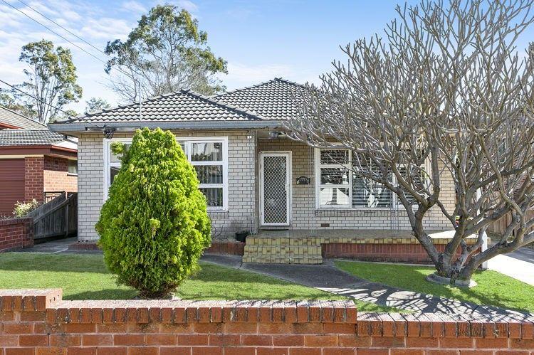 37 Edna Avenue, Merrylands NSW 2160, Image 0