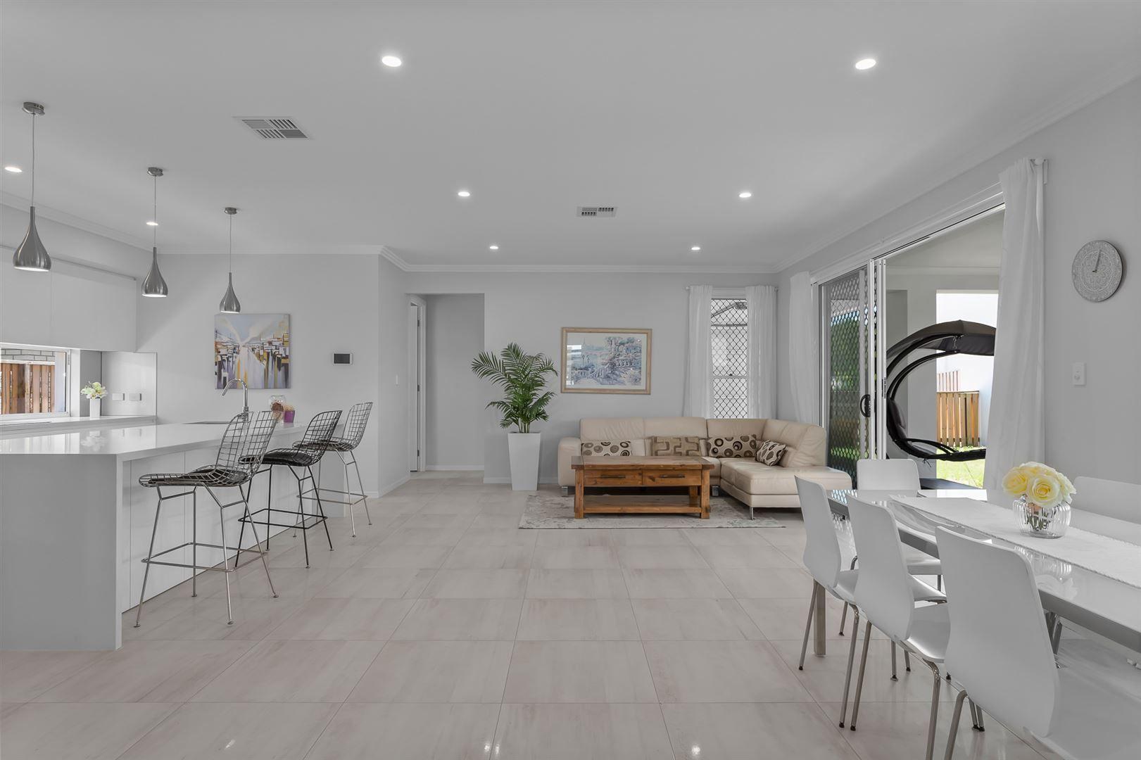 19 Vineyard Drive, Greenbank QLD 4124, Image 1