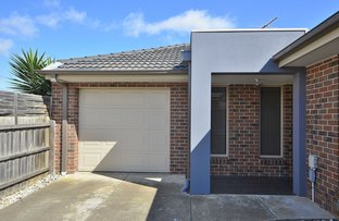 Picture of 2/13 Briardale Drive, Werribee VIC 3030