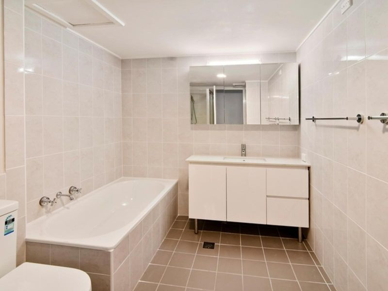 5/37 Barry Street, Neutral Bay NSW 2089, Image 2