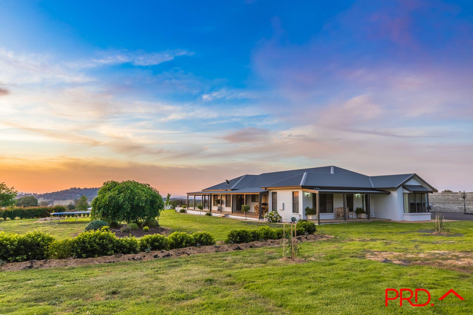 5 Honeyeater Place, Tamworth NSW 2340, Image 2