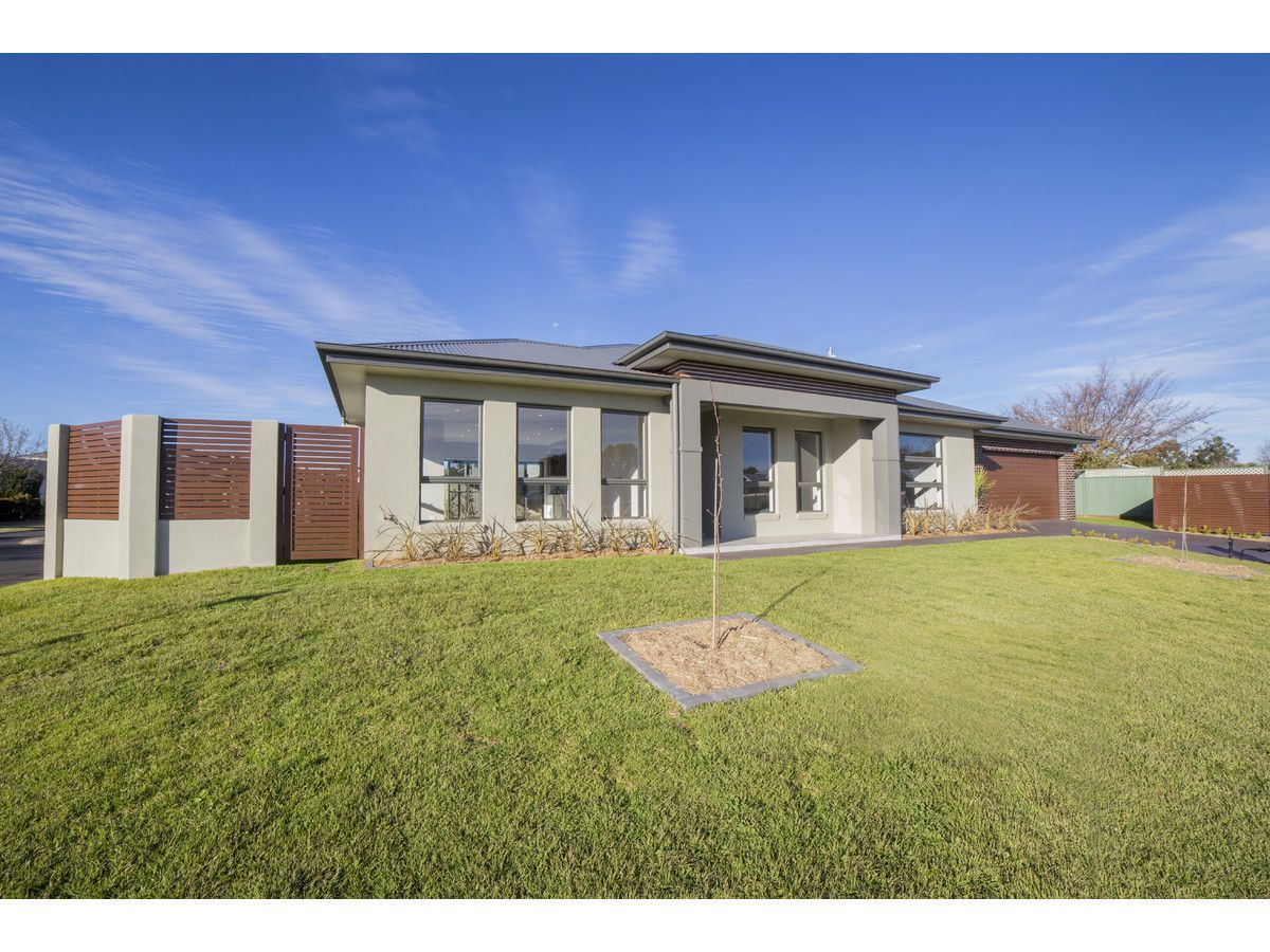 2 Avalon Place, Dubbo NSW 2830, Image 0