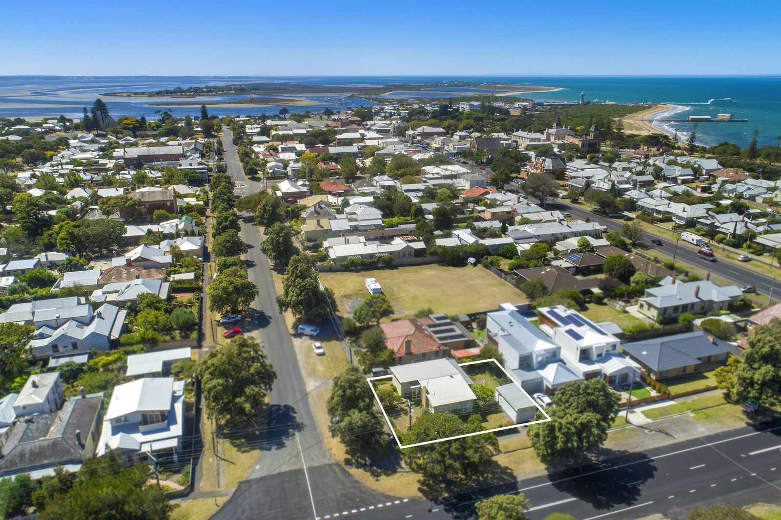 75 Learmonth Street, Queenscliff VIC 3225, Image 1