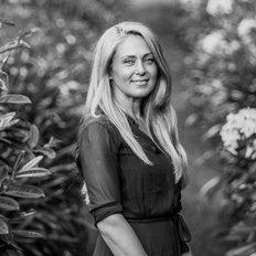 Corina Nesci, Sales representative