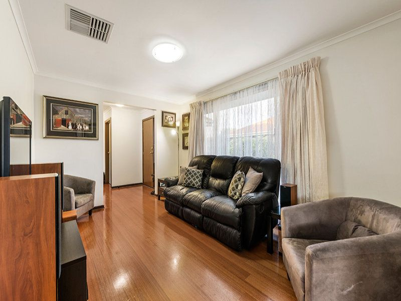 2/18 Anzac Avenue, Coburg VIC 3058, Image 2