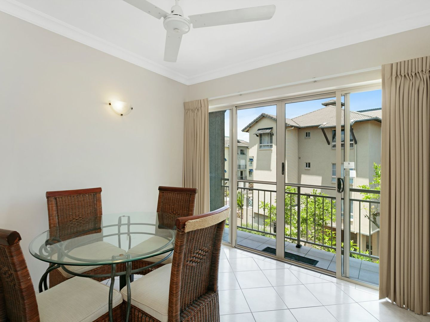 1219 2 Greenslopes Street Cairns North QLD 4870 Image 0