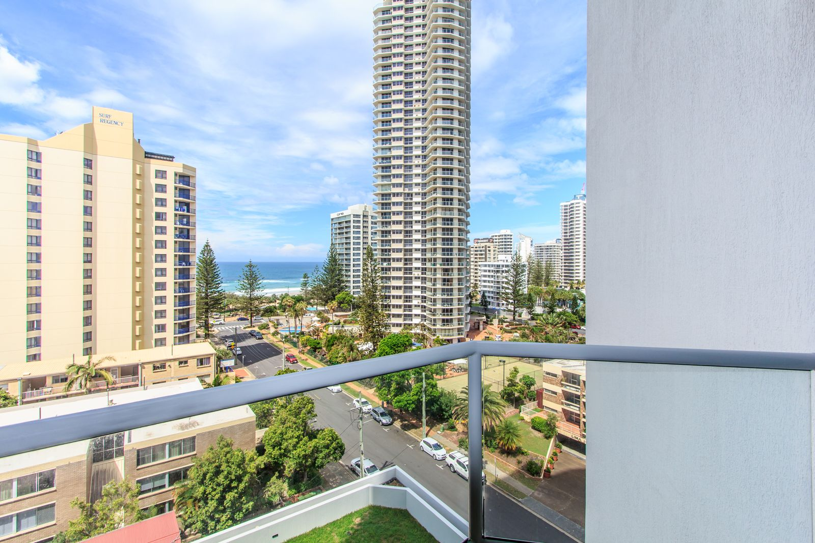 611/25 Laycock Street, Surfers Paradise QLD 4217, Image 2