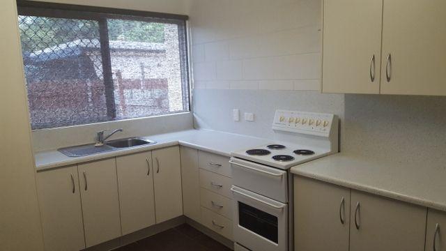 6/174 Harold Street, West End QLD 4810, Image 2