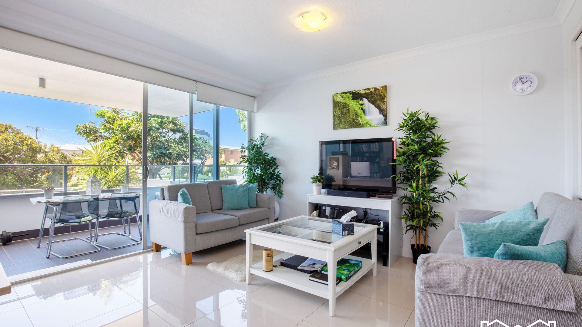 106/35 Madang Crescent, Runaway Bay QLD 4216, Image 2