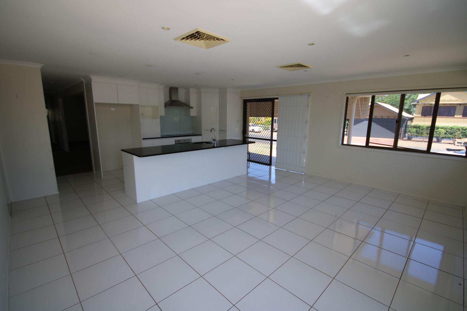 7 Sydney Street, Dalby QLD 4405, Image 2