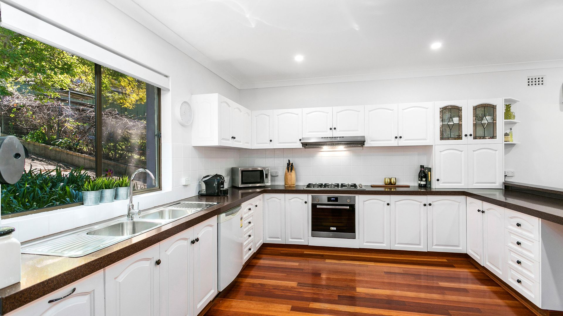 12 Figtree Crescent, Figtree NSW 2525, Image 2