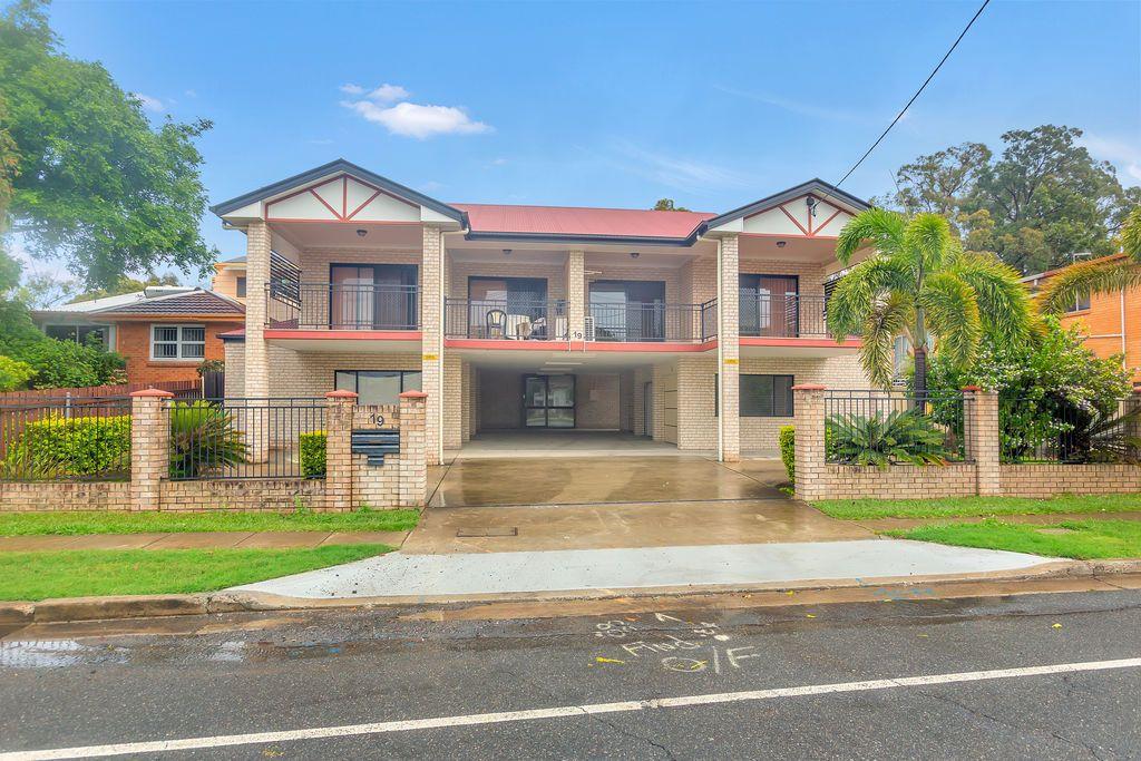 19 Broadwater Road, Mount Gravatt East QLD 4122, Image 0