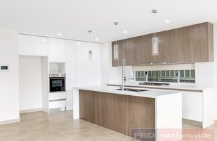 Picture of 6 Kerrie Crescent, Panania NSW 2213