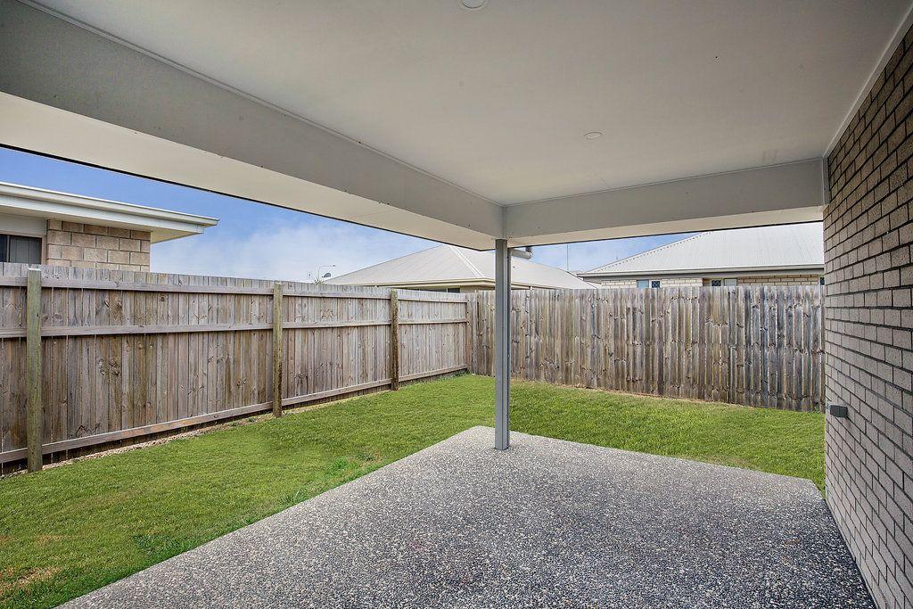 15 Cascade Street, Pimpama QLD 4209, Image 2
