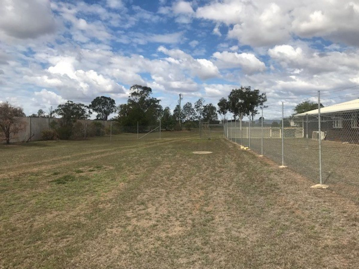105 Foster Street, Gracemere QLD 4702, Image 1