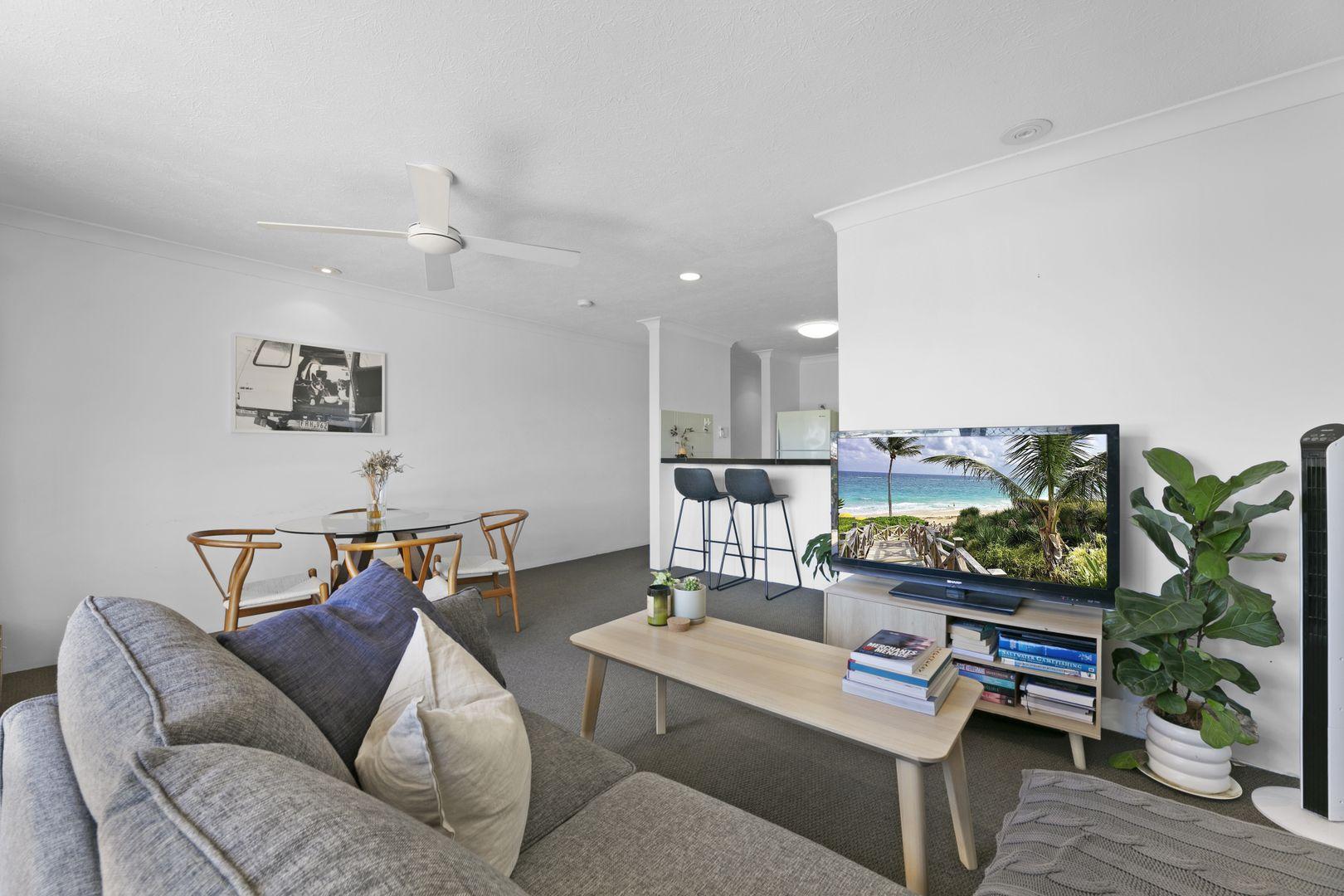 6/34 Seaside Avenue, Mermaid Beach QLD 4218, Image 2